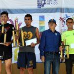 Leonardo Castañeda y Ana Mendoza los Campeones de la Carrera del Tecnologico de Mexicali.